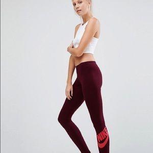 Nike burgundy leggings small